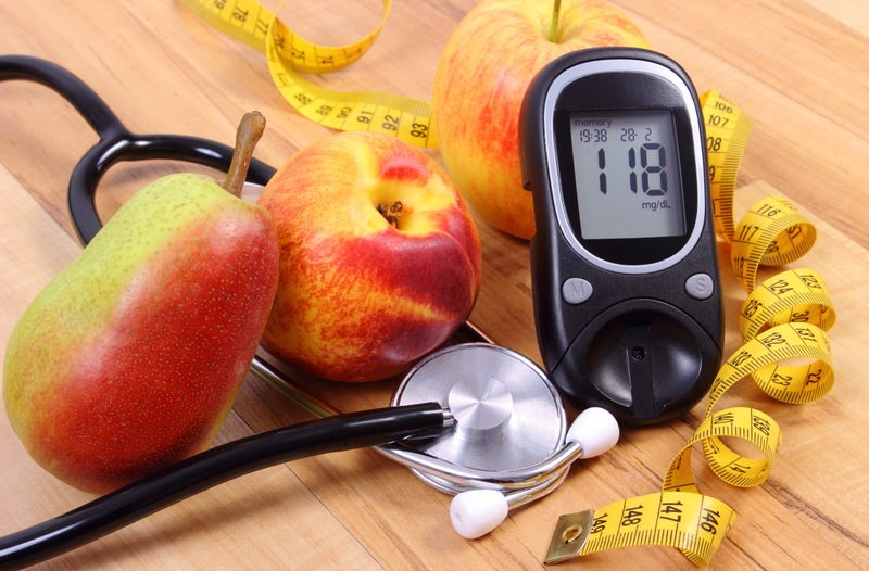preventing and treating diabetic foot ulcer